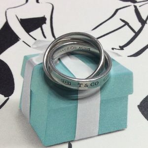 Tiffany Interlocking Circles Ring